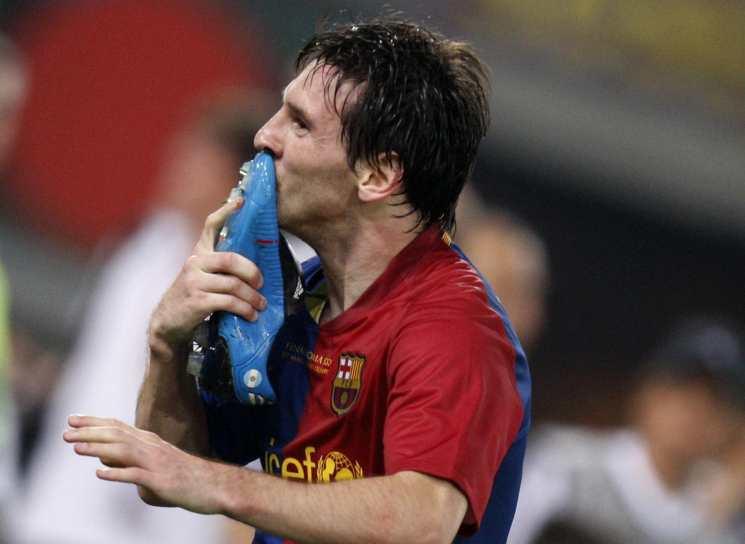 http://3.bp.blogspot.com/-lBaNTNEWfO0/UFgb_etOwLI/AAAAAAAAD3g/tCUURZR4-zs/s1600/Lionel-Messi-Wallpapers-16.jpg