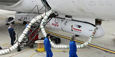 Nasa Akan Luncurkan Teleskop Pemburu Lubang Hitam [ www.BlogApaAja.com ]