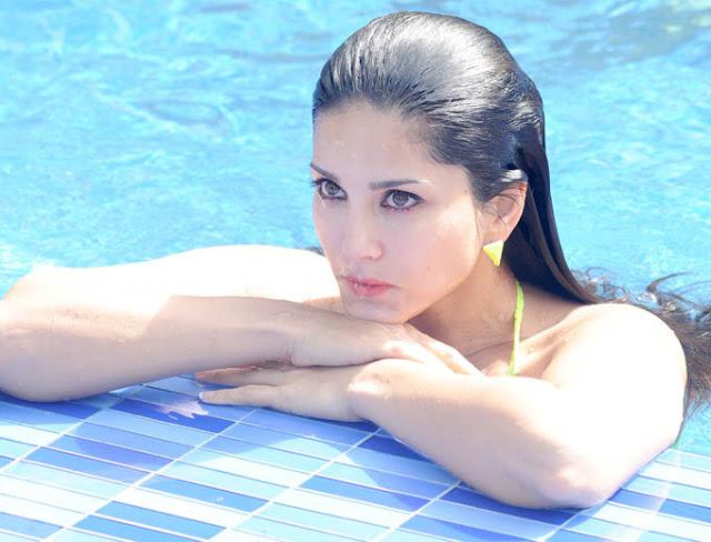 Sunny Leone in Sexy Neon Bikini