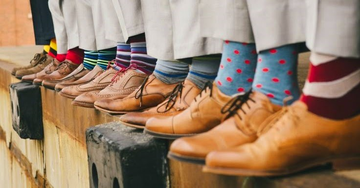 Meias coloridas para os padrinhos dos noivos