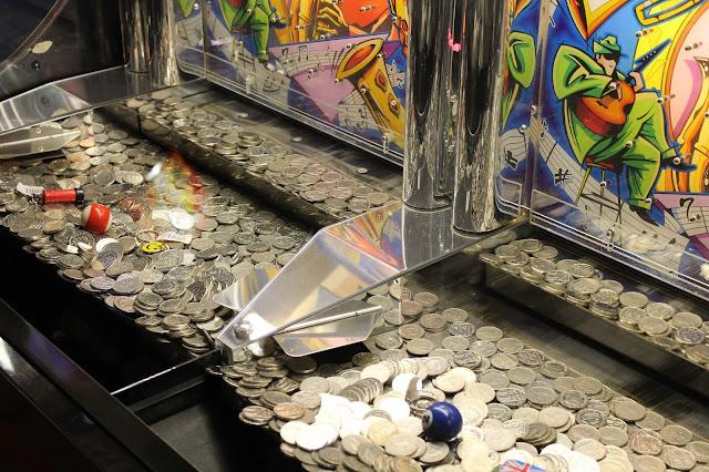 ten pence slot machines
