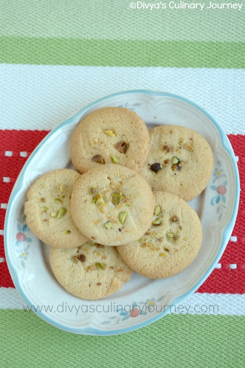 Cardamom flavored Indian Shortbread cookies