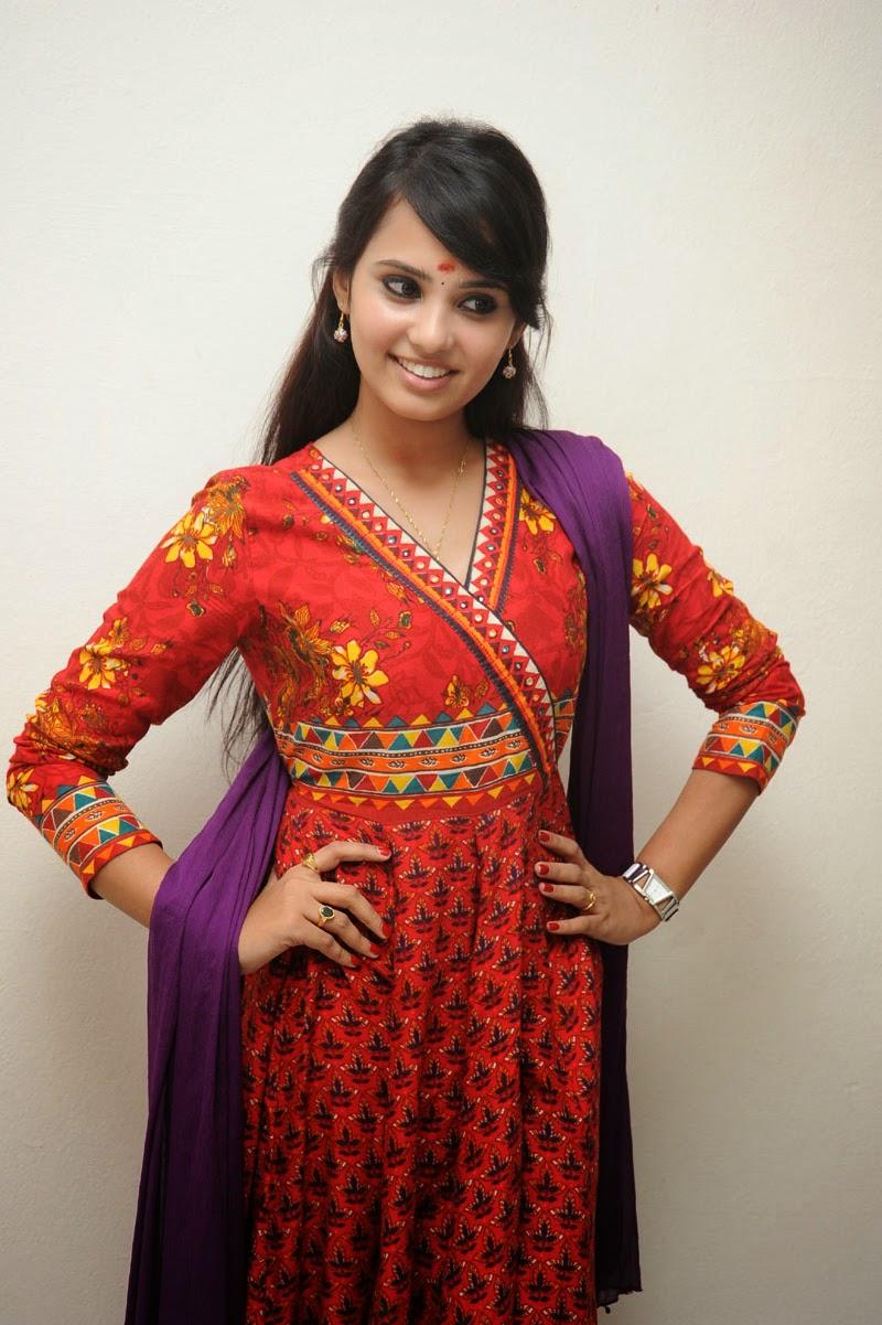 Aarushi Latest Glam Photo shoot-HQ-Photo-20