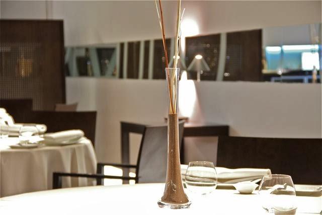 Mesa del restaurante La Sucursal de Valencia. Blog Esteban Capdevila