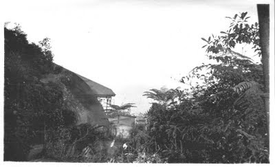 East-side bungalow - another viewpoint