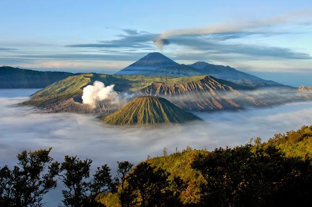 10 Objek Wisata Unggulan Di Jawa Timur