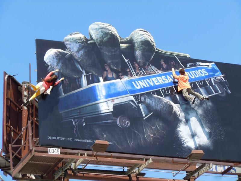 King Kong 3D billboard mannequins