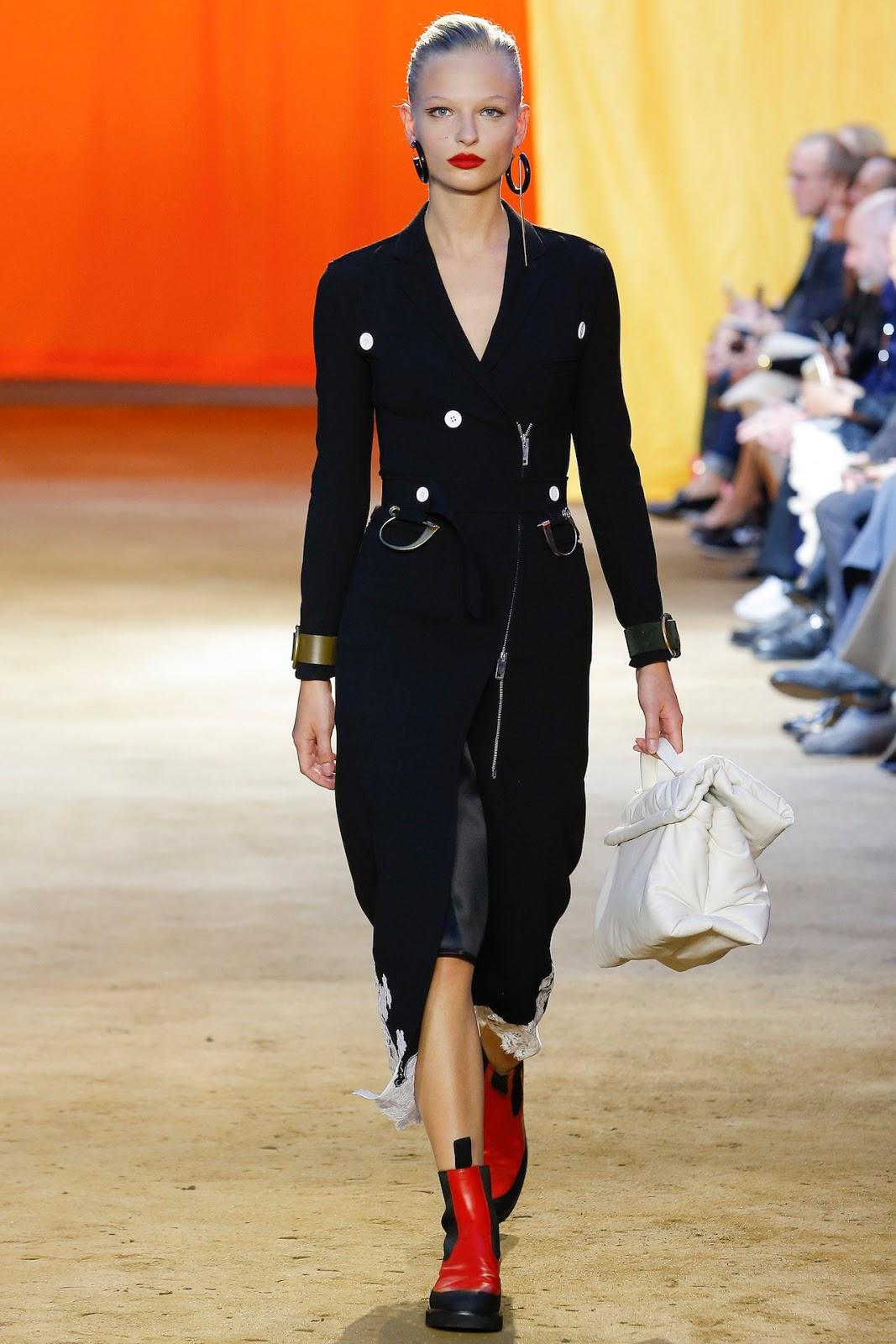 Vogue: Vogue Fashion Week Video Series m 17