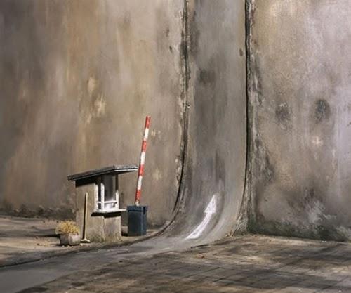 04-Frank-Kunert-Confronting-our-Lives-in-Miniature-Sculptures-www-designstack-co
