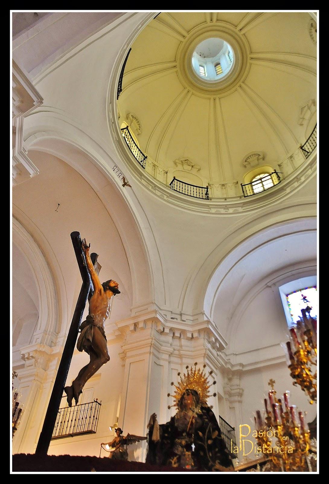 Hermandad de Santa Cruz 2014 Sevilla Pasion en la Distancia