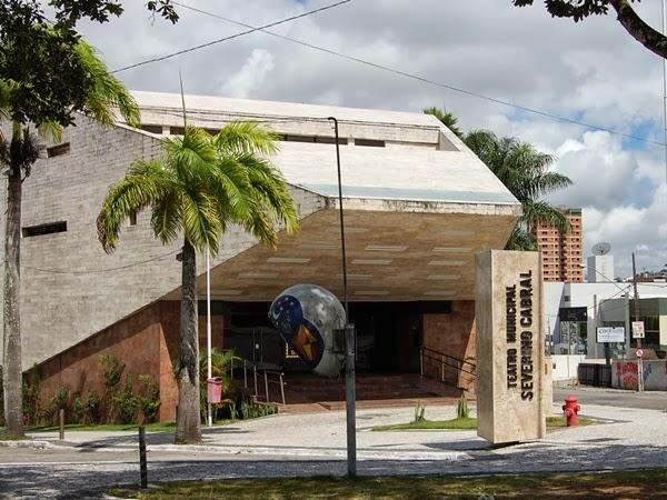 Teatro Municipal Severino Cabral faz aniversário e divulga programação especial, em Campina Grande