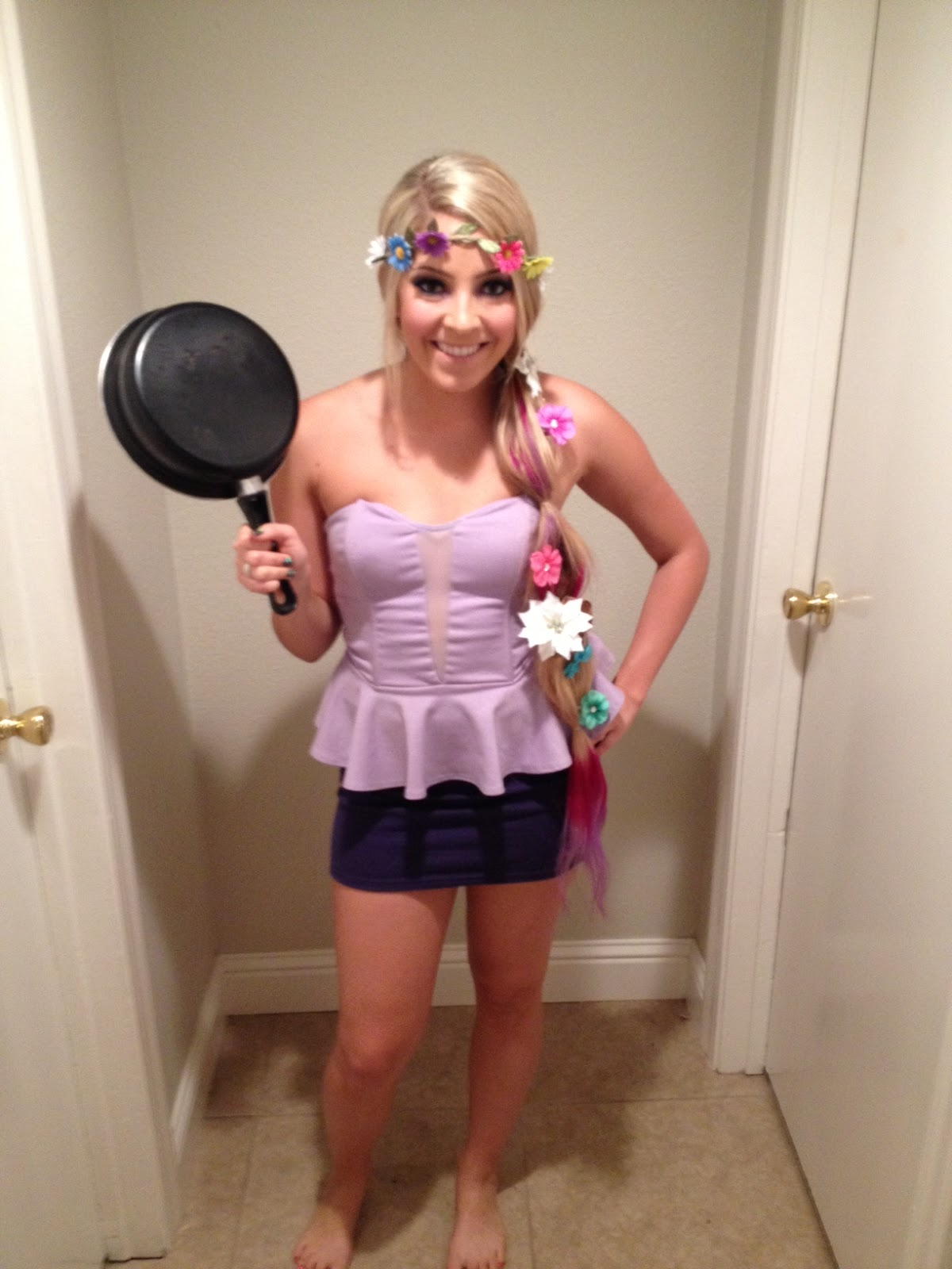 Pin by vanessa samurio on costume party pinterest for Easy diy women s halloween costumes