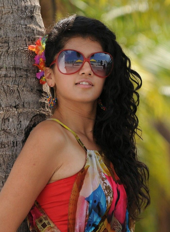 cute sexy Tapsee latest unseen hot new spicy stills photos