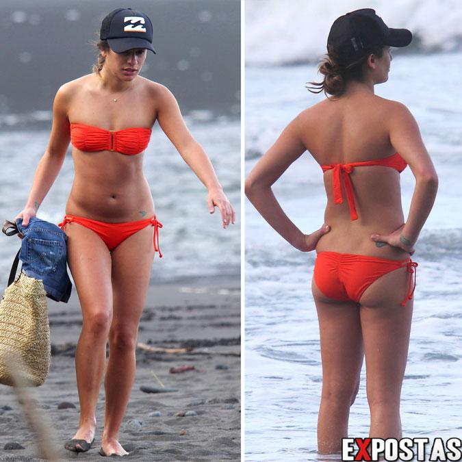 Lea Michele: Bikini candids no Hawaii  - 01 de Janeiro de 2013