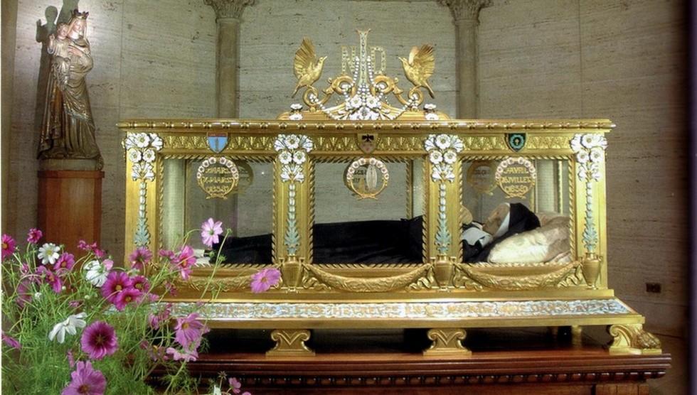 Le voyage int rieur sainte bernadette soubirous vierge for Le voyage interieur