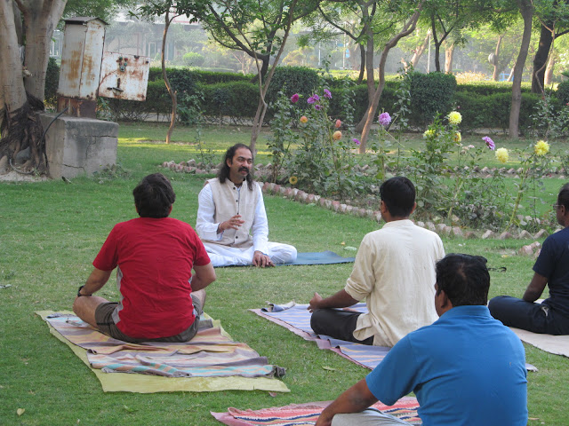 http://www.ntpindiatourism.com/yoga-vacations/rishikesh-yoga-and-ayurvedic-special/