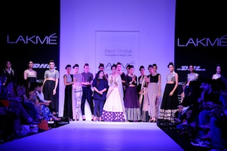 Payal-Singhal-Lakme-Fashion-Week-2013