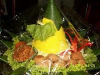 Tumpeng Kuning Imut