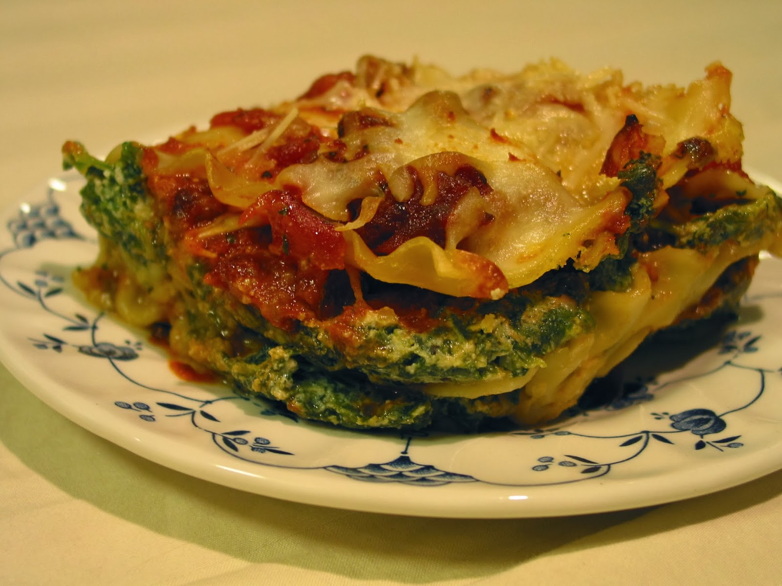 the experimental cook 101: Spinach Lasagna With Italian Sausage