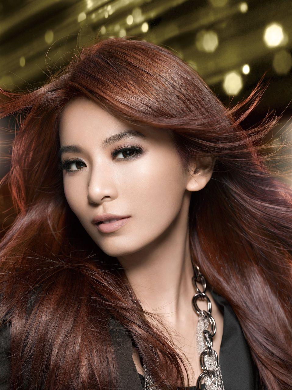 K Chen L Chle iluvella chen jia hua hebe pics l 39 oreal endorsement pics