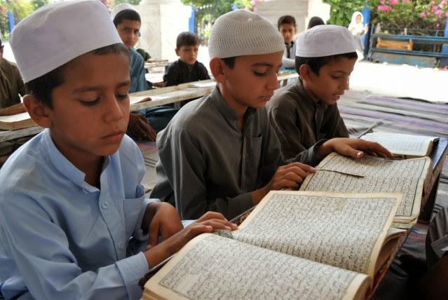 Menghafal Al-Qur'an itu Semudah Tersenyum