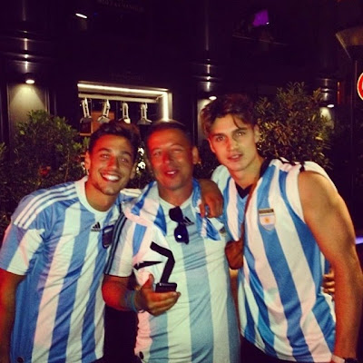 SUPERMODEL MARIANO ONTAÑON IN ARGENTINA - A REAL SOCCER FAN