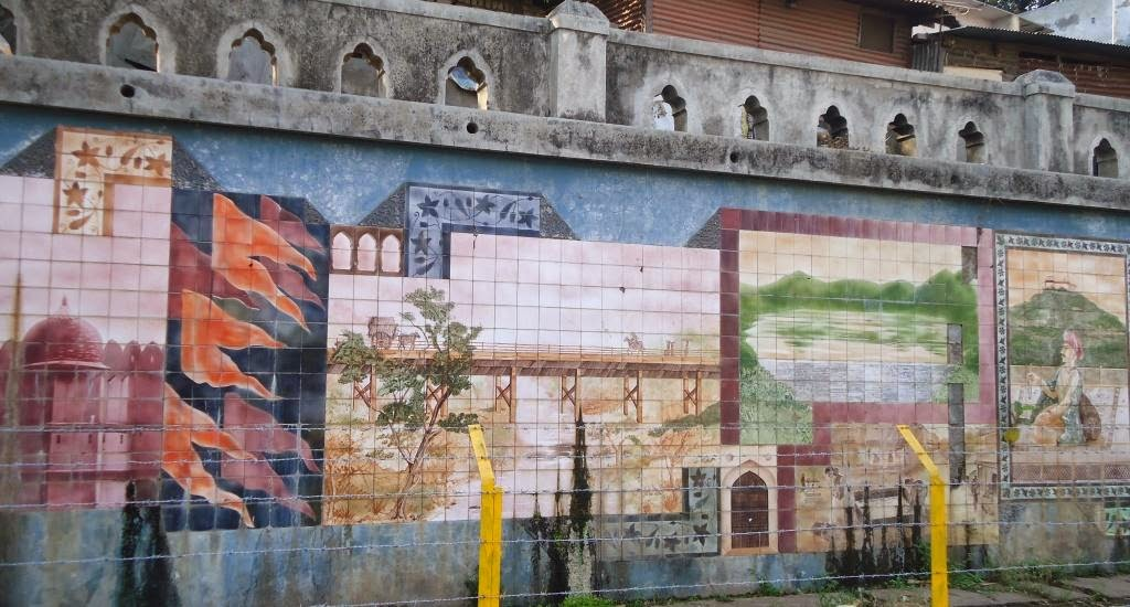 Poona, Mutha River, Mural