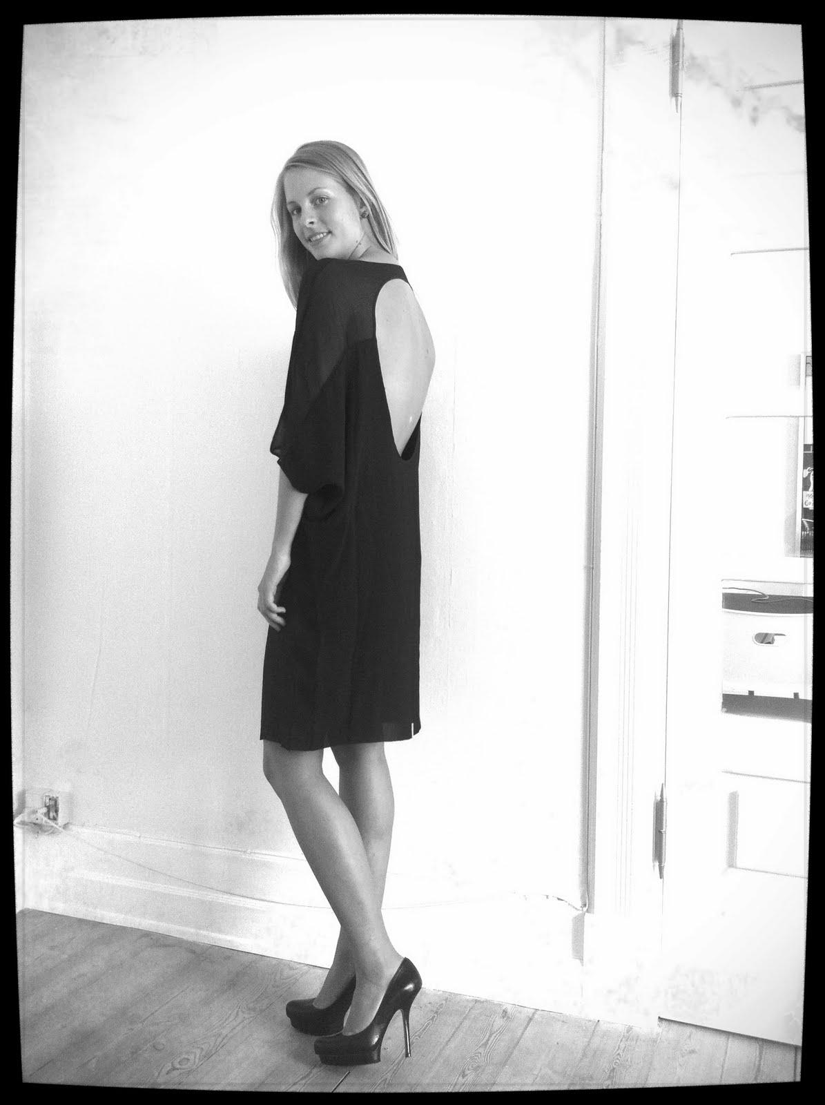 Så kom der billeder af min nye kjole fra acne