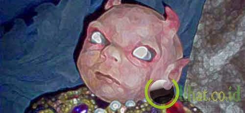 Boneka Bayi Setan