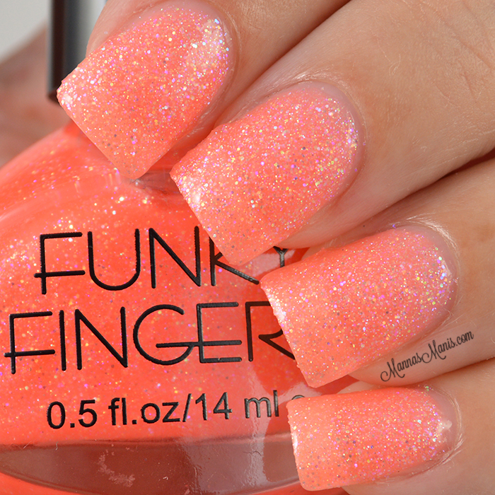 My first Funky Fingers! - Manna\'s Manis