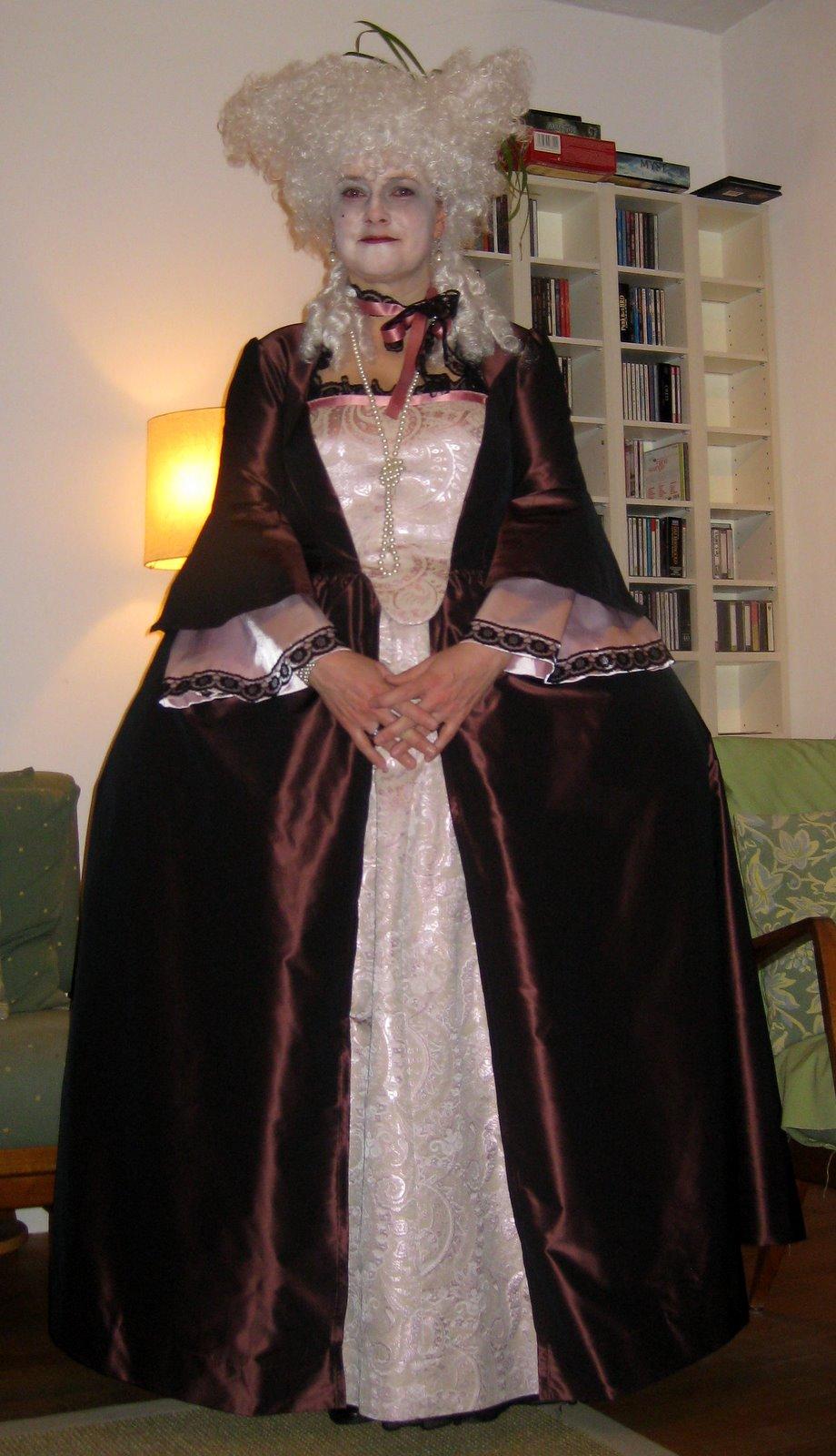 Burda schnittmuster rokoko kleid