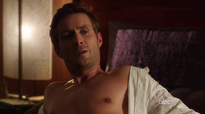 Darri Ingolfsson Shirtless in Last Resort s1e01