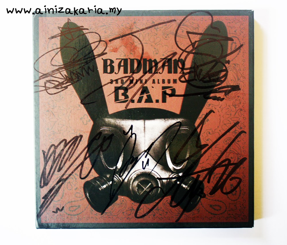 B.A.P - Badman 3rd Mini Autographed Album