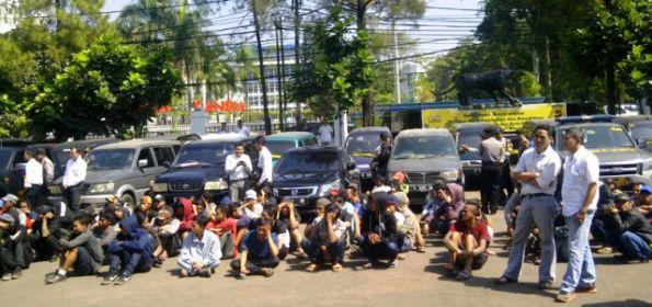 Polrestabes Bandung Tangkap 240 Preman