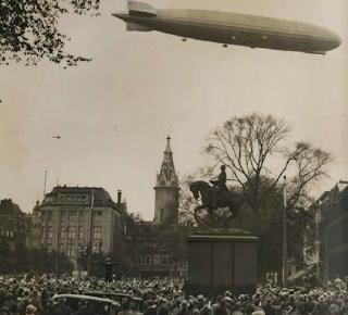 Zondag 13 oktober 1929: de Graf Zeppelin zweeft over Den Haag