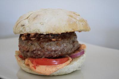 ricetta hamburger mediterraneo