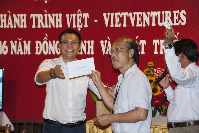 Hành Trình Việt 16 năm đồng hành và phát triển