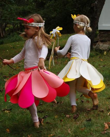 Deshilachado: ¡Carnaval! Disfraces para niños hechos en casa. / Carnival! Handmade kids costumes.