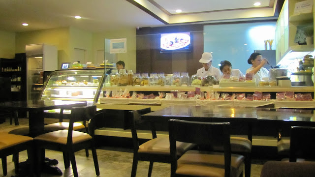 #032eatdrink, food, pastries, cakes, cebumade