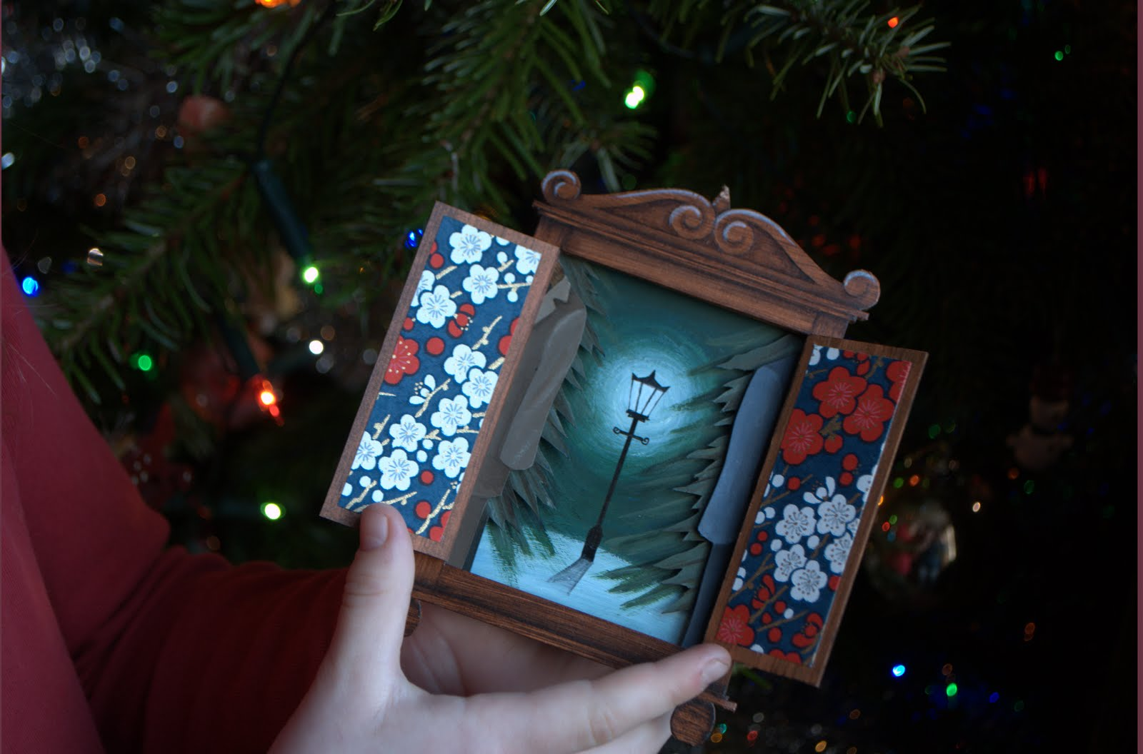 the lion the witch and the amazing wardrobe christmas card