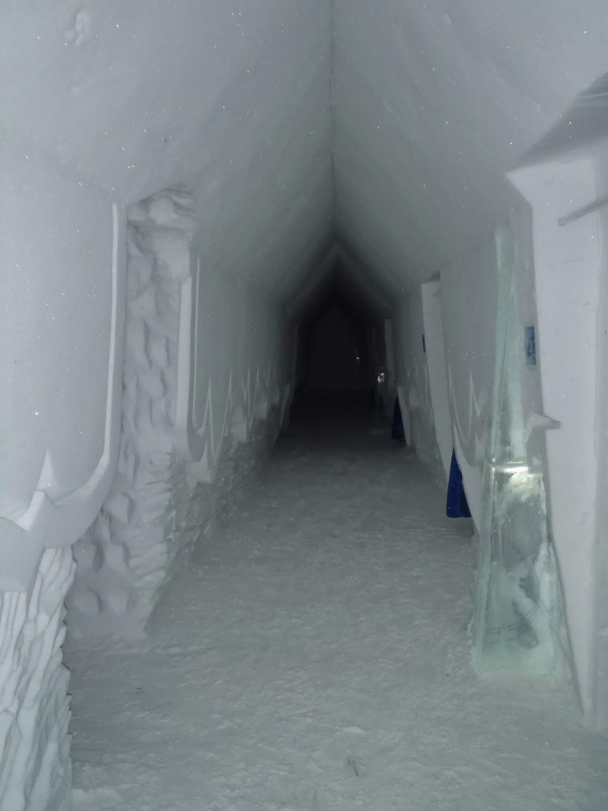 Hotel De Glace ice hallway