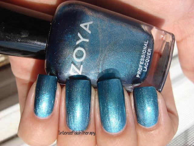 Zoya - Noel