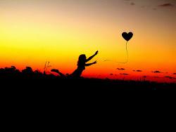 Un corazón grande se llena con poco.
