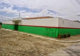 AMPARO: Prefeitura realiza manutenção de prédios públicos