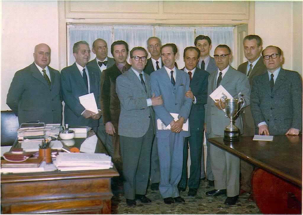 A b s associazione barese dello scopone l 39 associazione for Onorario notaio
