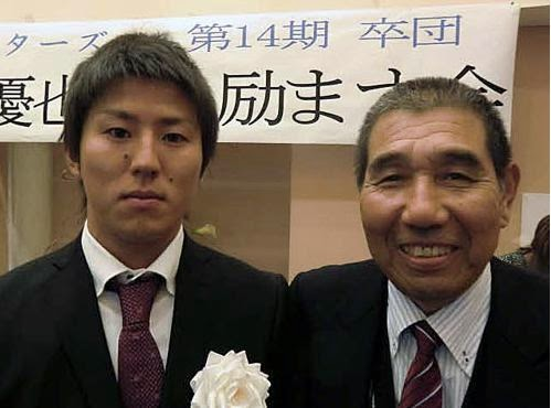 カープ福井初先発初勝利を喜ぶ父の俊治さん