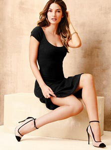 vestido negro para estilizar la figura
