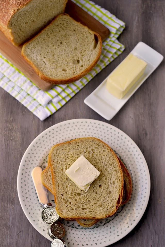 Basic Sourdough Sandwich Loaf