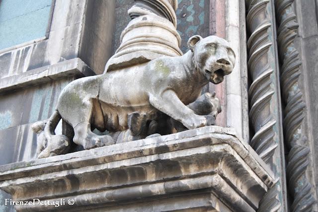 Firenze nei dettagli lo scorpione e il leone - Leone e scorpione a letto ...