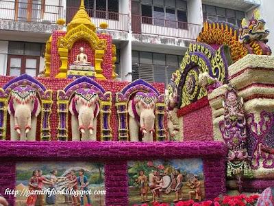 chiangmai travel flower festival 2013